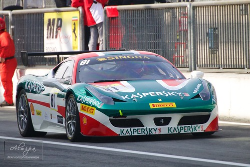 "Ferrari Challenge, EuroV8Series, EuroGTSprint • <a style=""font-size:0.8em;"" href=""http://www.flickr.com/photos/104879414@N07/13651920134/"" target=""_blank"">View on Flickr</a>"
