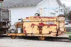 Recycling (MILW157) Tags: railroad train track pacific sub rail canadian mow cp oconomowoc watertown maintence
