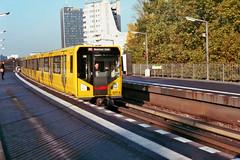 U2 (Christoph Hille) Tags: berlin kreuzberg ubahn yashicaelectro35 electro35