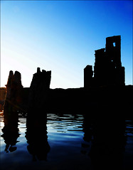 Ardvreck Castle (McRusty) Tags: light sunset reflection building castle silhouette scotland ruin historic highland after loch gloaming ardvreck assynt