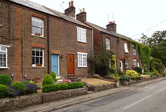 Houses on Brook Street, Tring (Snapshooter46) Tags: architecture victorian brookstreet tring terracedhouses hertforshire