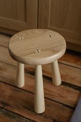 3 Legged Milk Stool (btyreman) Tags: wood pine woodwork oak handmade traditional 19thcentury shellac stool wedges handtools sapele nopowertools 3leggedstool milkstool dewaxedshellac paulsellers bentyreman