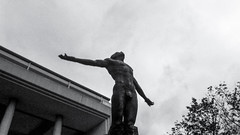 Oble (rnrngrc) Tags: bw black up photography university philippines diliman oblation whtie