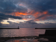 Stormy skies at Seaham. (paul downing) Tags: sunrise canon harbour northsea seaham pdp coastaluk pd1001 sx10is pauldowning