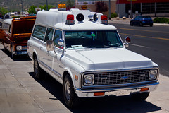 Chevy Suburban Ambulance (Pyrat Wesly) Tags: arizona canon vintage suburban ambulance chevy prescott 60d efs18200mmf3556is