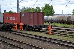 Ipswich Goods Yard Railwaymen (Stuart Axe) Tags: uk greatbritain england train suffolk unitedkingdom box rail railway trains container evergreen cast po gb sealand railtour containership hyundai railways freight boxs ipswich yangming msc containers 2012 hanjin shippingcontainer kline railwayman hapaglloyd cosco railwaymen maersk intermodal nedlloyd chinashipping uniglory bigmetalbox ponedlloyd columbusline