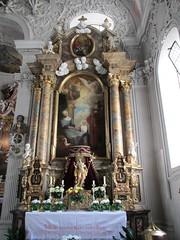 Innsbruck rk kerk Spitalskerk zij altaar (Arthur-A) Tags: church austria oostenrijk catholic interior interieur kirche altar kerk eglise protestant innsbruck katholiek altaar autrice spitalskirche