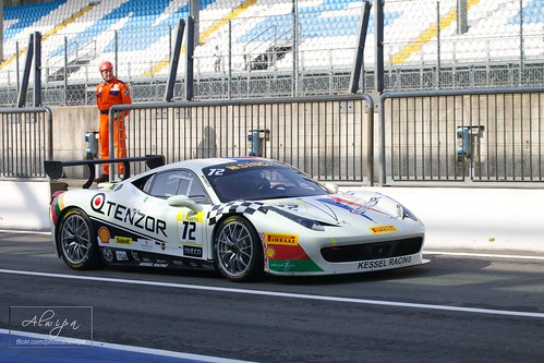 "Ferrari Challenge, EuroV8Series, EuroGTSprint • <a style=""font-size:0.8em;"" href=""http://www.flickr.com/photos/104879414@N07/13651414995/"" target=""_blank"">View on Flickr</a>"