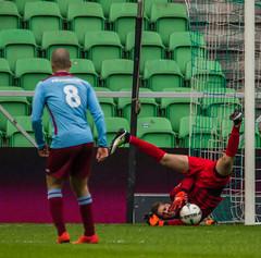 FC Groningen beloften-10 (Gerald Schuring) Tags: sport football groningen voetbal fcn euroborg fcgroningen beloften fcnoordenveld fcn020416 brabantunited