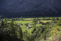 Trummelbachfalle - vilarejo visto de cima (CartasemPortador) Tags: bern lauterbrunnen cachoeira quedas interlaken dgua trmmelbach trmmelbachflle