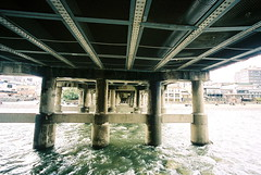 under the bridge (troutfactory) Tags: bridge film japan river kyoto wideangle   analogue kansai kamogawa    15mmheliar kodakportra800 voigtlanderbessal