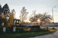 145/366 (Niko Saarinen) Tags: trees sunset summer tractor beautiful finland evening fujifilm kouvola xe2 classicchrome visitfinland fujinon18mm visitkouvola