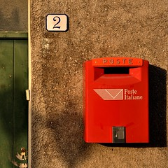 Poste Italiane (fiumeazzurro) Tags: sicilia aplusphoto flickraward lamiciziafaladifferenza anthologyofbeauty theauthorsplaza flickraward5 authorsclub sicilia2010