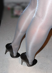 RIMG0026 (nylongrrl) Tags: blue shiny highheels arch shine legs panty tights glossy heels gloss heel satin ph ankle pantyhose nylon nylons collant 6inch orublu