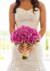 Bridal Bouquet (Jon Anderson|Photography) Tags: flowers wedding roses detail bride sony fingers nails bouquet fullframe alpha za jonanderson 850 a sal2470z sonycz2470mmf28 jonandersonphotography