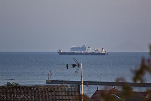 I saw 2 ships