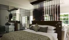 21212285 bedroom