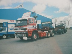 Isuzu from the 90's (T-linefan) Tags: isuzu bigrigs semitrucks mainfreight truckpictures truckphotos isuzutrucks truckphotographs bigrigpictures
