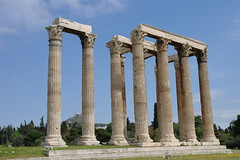 The Temple of Olympian Zeus (keithmaguire ) Tags: architecture tou greek temple ancient ruins europe european god columns hellas olympus athens greece grecia zeus atenas olympia corinthian classical jupiter  athena griechenland grce hadrian templo athene hy dios  jove athen grcia tempio tapnak  olympian griekenland yunanistan  athnes atina naos  grecja  atene     athny   grgorszg  ecko   olympiou  yunani   lp  hipparchos  gresya hippias