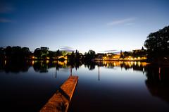 about city lights (Tafelzwerk) Tags: city sky berlin night reflections river lights dock nikon wasser nacht sigma stadt bluehour 8mm fluss spree lichter steg kpenick blauestunde dahme d7000 relfexionen tafelzwerk