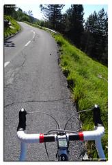 Verso il Beigua (fdpdesign) Tags: italy primavera tarmac strada italia bici asfalto montagna specialized beigua manubrio bicidacorsa levefreno