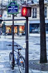 bicycle on street of Paris (jmlpyt) Tags: city paris france bicycle sign europe day transport citylife illumination jour illuminated transportation editorial roadsign capitale bicyclette signal parisfrance urbanscene signalisationroutire scneurbaine mgapole conceptsandideas viecitadine