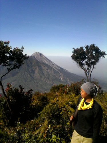 "Pengembaraan Sakuntala ank 26 Merbabu & Merapi 2014 • <a style=""font-size:0.8em;"" href=""http://www.flickr.com/photos/24767572@N00/26888537700/"" target=""_blank"">View on Flickr</a>"