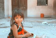 A N G E L   .   E Y E S (Ri) Tags: portrait orange baby home childhood children bigeyes eyes vietnamese vietnam rai tone 500px vsco raikko iphoneography iphone6 vinhhybay mobiography