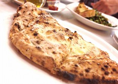 Cheesy indulgence of a meal at 800 degrees pizza  This is the Ricotta Cheese Bread! (theepicuriouscat) Tags: cheese pizza ricotta pizzeria calzone deiracitycentre neopolitan neapolitanpizza neapolitanstyle ricottacheese woodfiredpizza dubaifood 800degreespizza zomato zomatouae veggiebuzzing 800degreespizzadubai 800degreesme 800degreespizzame citycentredeira