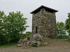 Wright's Tower ((Jessica)) Tags: park green nature boston hiking massachusetts reservation medford pw middlesexfells wrighttower