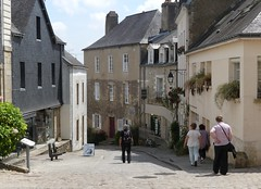 P1040161 Auray (Photos-Tony Wright) Tags: france june french town brittany quaint 2016 auray
