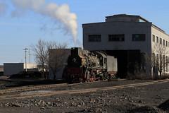 I_B_IMG_7433 (florian_grupp) Tags: china railroad train landscape asia mine desert muslim railway steam xinjiang mikado locomotive ore js steamlocomotive 282 opencastmine yamansu
