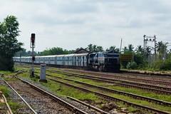 Chalukya Exp. (B V Ashok) Tags: ir express sr cr chalukya indianrailways amsa swr emd kjm 20043 11006 ammasandra wdp4 puducherrydadar