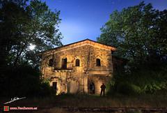 Ilumname (Luis Corts Zacaras) Tags: naturaleza noche estrellas estacion nocturna nocturnas espectro fantasma zamora estacin ferrocarril renfe abandonado robledo sanabria adif