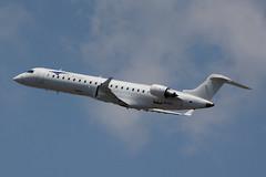 N24EA | Canadair CRJ-701ER | Elite Airways (cv880m) Tags: newark ewr kewr liberty newarkliberty n24ea canadair bombardier crj cr7 crj701 elite eliteairways regionaljet