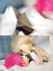 Memo//Vanth (neys.) Tags: pink white male fur bed kiss couple doll sleep andrew memo wig blonde yaoi tae arion vanth obitsu taeyang