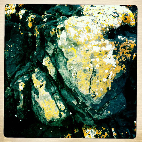 Rocks-3.jpg