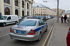 MERCEDES Classe C police (Πichael C.) Tags: voyage city travel red car st square rouge mercedes vacances town holidays place russia moscow c centre police center voiture vehicle emergency ville kremlin russie classe visite tourisme cathedrale moscou cclass basils площадь красная