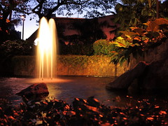 Fountain of Fire (SUH Photograph) Tags: fountain night canon powershot greenbelt makati flickrchallengegroup flickrchallengewinner g1x canong1x