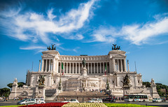Piazza Venezia in Rome, Italy (thevisualeffect.com (JD Malave)) Tags: italy rome europe palace piazzavenezia