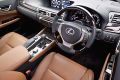 Lexus GS350 saddle tan interior with luxury package - dash