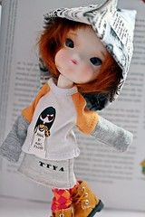 ARTEMISIA (Domenica Beyer) Tags: macro love fashion photography outfit doll handmade stock redhead collection tiny mohair handcrafted bjd abjd ruiva coleo secretdoll person15 canoneos60d ttya