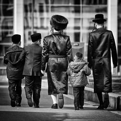 Strolling by Jeronim01 - @ Antwerp, Belgium.                                                                                                         Copyright Jeroen van de Wiel 2012. www.jeroenvandewiel.exto.nl