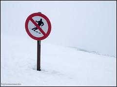 Nae Sking (Gareth Harper) Tags: walking scotland hill scottish 45 glencoe 50 rannochmoor 2014 meallabhuiridh creise 1100m photoecosse 1108m blackmountrange 3635ft 3608ft whitecorriesskislopes glencoemountainskicentre alltnagiubhas