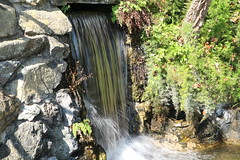 Waterfall : to track the water , 1/30s f11 #comeandsee (silvergold84) Tags: nature water canon eos waterfall 10 natura m villa noedit acqua chiavari rocca nofilter cascata comeandsee mirrorless