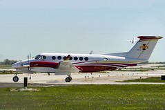 Iowa State University of Science & Technology King Air B300 N41SU (MIDEXJET (Thank you for over 1 million views!)) Tags: wisconsin unitedstatesofamerica milwaukee mke milwaukeewisconsin generalmitchellinternationalairport kmke milwaukeemitchellinternationalairport gmia