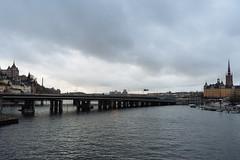Mlaren's Edge (reidab) Tags: bridge se sweden stockholm slussen gamlastan lakemlaren stockholmsln