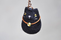 Black cat keychain (noristudio3o) Tags: black cat keychain needle felted felting key holder keyring animal accessories kitten amigurumi amber eyes