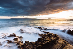 Pacific Sunset (melfoody) Tags: maui hawaii ocean rocks waves sunset canon canon1635f4l gradnd ahihibay molokini