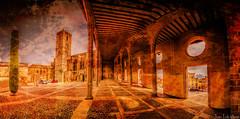 EL PORTICO (juan luis olaeta) Tags: photoshop landscape panoramicas photomerge urbano catalunya texturas lightroom gotico empuries sigma1020 paisages